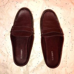 Woman's old navy work loafers👞
